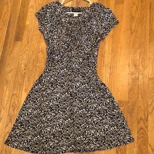 Black and white swirl printed dress